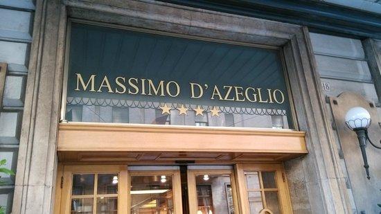 Bettoja Massimo D'Azeglio Hotel : 酒店正門