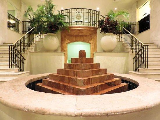 Grand Park Royal Cancun Caribe: Lobby