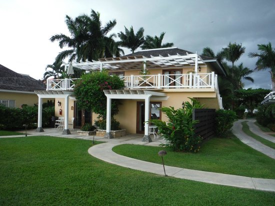 Sandals Montego Bay: 1prime minister ( entire upstairs) and 2 presidential suites downstairs