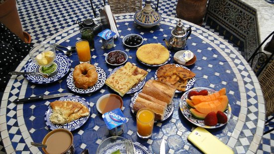 Riad Ahlam: Breakfast like a king!