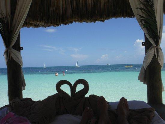 Sandals Montego Bay: beach cabana