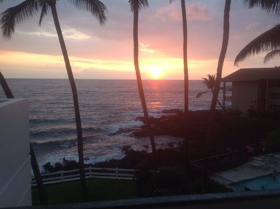 Outrigger Royal Sea Cliff: view from our balcony