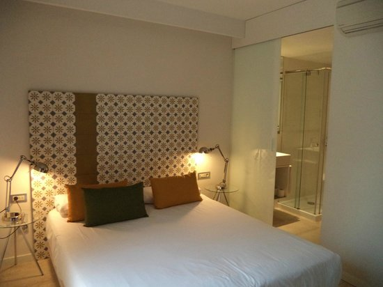Eric Vokel Boutique Apartments - BCN Suites: bedroom 1