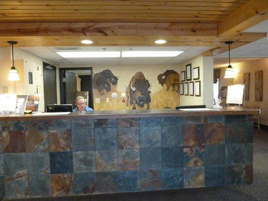 Americas Best Value Inn: Front desk