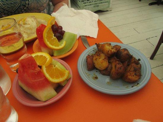 The Village Cafe: breakfast potatoes