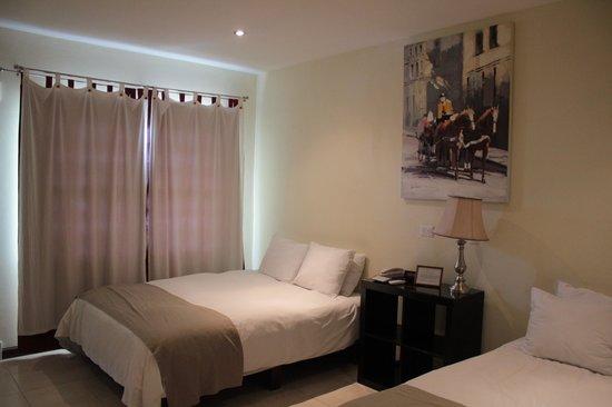 هوتل لويزيانا: deluxe 2 queen room