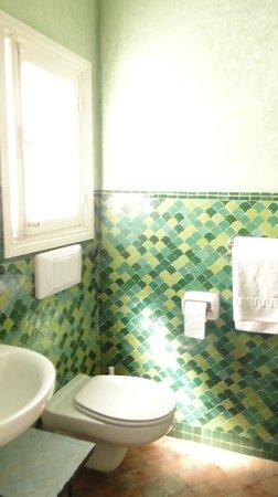 La Tangerina: Bathroom