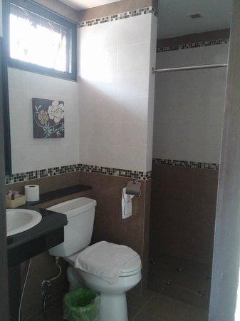 At Home At Chiang Mai: clean & big enough bathroom