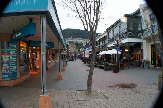 Queenstown Mall 9