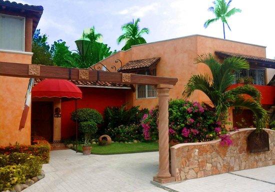 Casa Candiles Inn