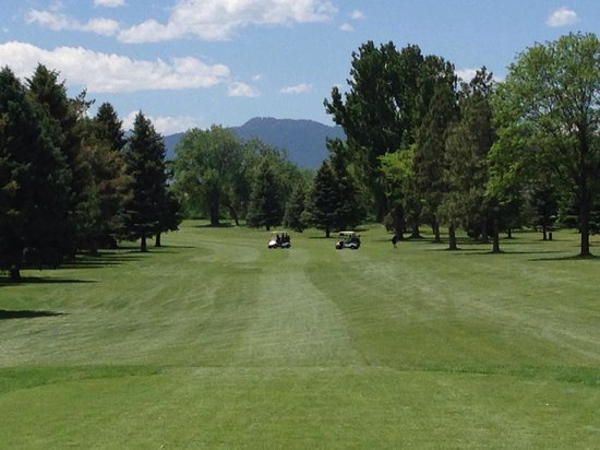 Collindale Golf Course : #6 tee shot view of Horsetooth Rock