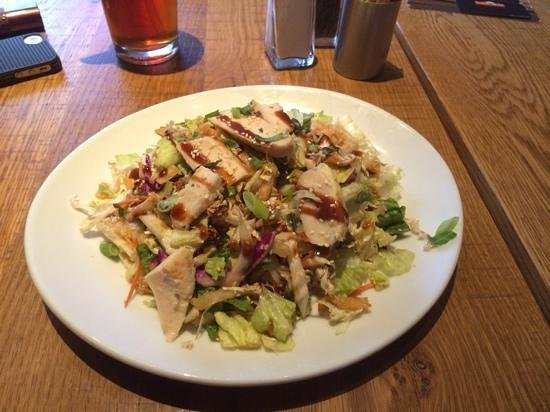 Chinese Chicken Salad Picture Of California Pizza Kitchen Los Angeles Tripadvisor