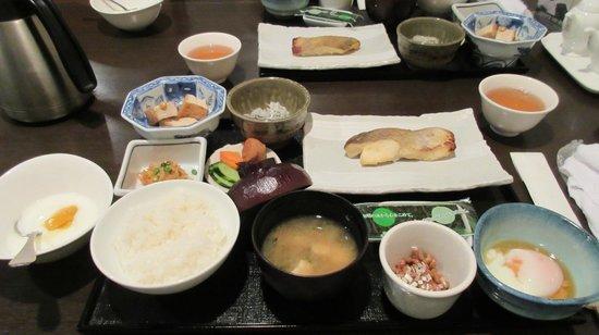 Hotel Kamakura Mori: Japanese Breakfast