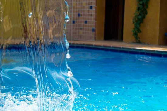 Casa Morales Santa Fe: Vista de la piscina