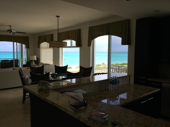 The Venetian on Grace Bay : View from kitchen