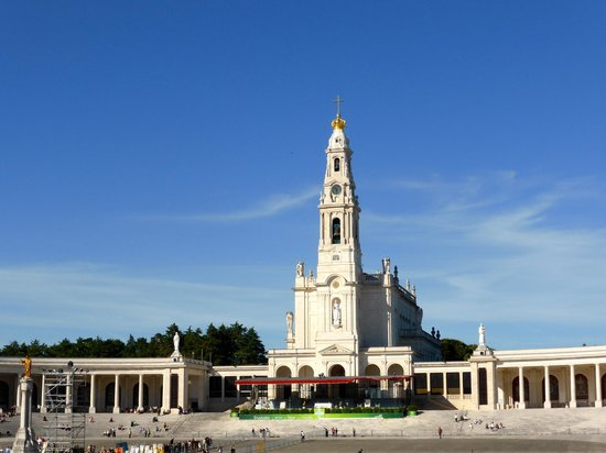 Shrine of our Lady of the Rosary of Fatima: Our Lady Of Fatima Basilica