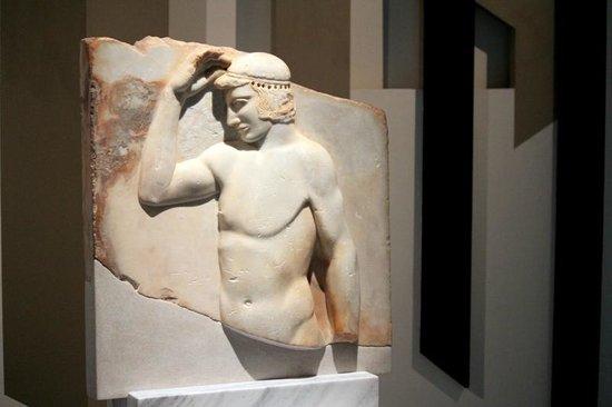 Royal Museums of Fine Arts of Belgium (Musees Royaux des Beaux Arts): Nautilus Navigating Greece!!
