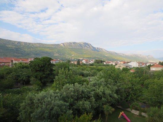 Hotel Villa Zarko : Mountain view from 202