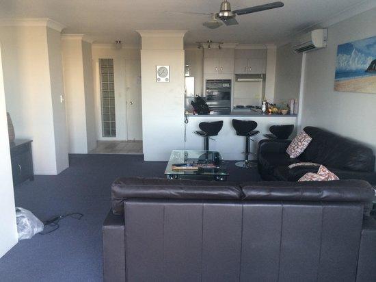 Surfers Plaza Resort : Lounge area!