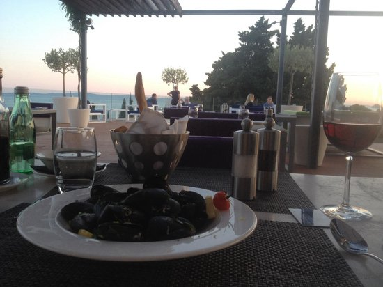 Radisson Blu Resort Split: Mussels. Really tasteful
