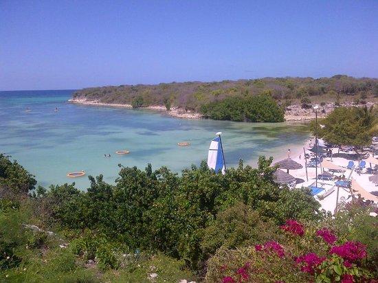 The Verandah Resort & Spa : view from the main beach bar