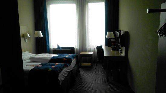 Park Inn by Radisson Stuttgart: View from room 2