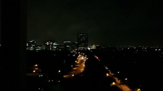 Hotel ZaZa Houston Museum District: Nightview from the soaking tub on the balcony