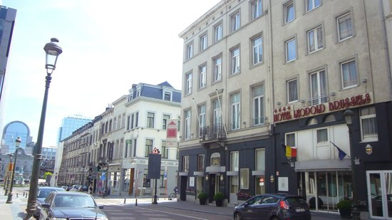 Hotel Leopold Brussels : Vista hotel