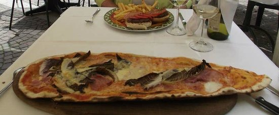taverna messicana pizzeria: Pizza géante