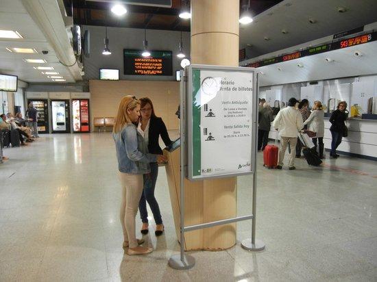 Estación de Atocha: Зал продажи билетов