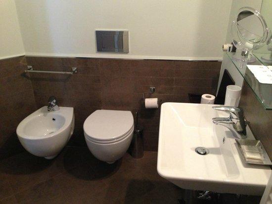 Belcanto B&B: 新穎的衛浴設施