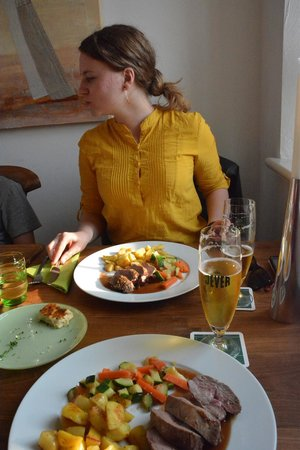 Waddewarden, Germany: Portions and Food