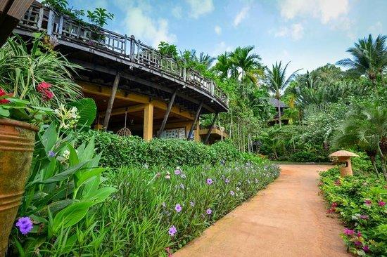 The Spa Resort Koh Chang: Walkway