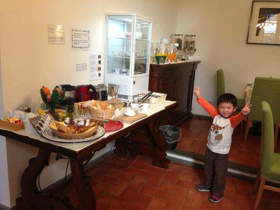 B&B Tourist House Ghiberti: 種類繁多的自助式早餐