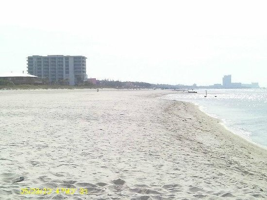 Super 8 Biloxi: Beach