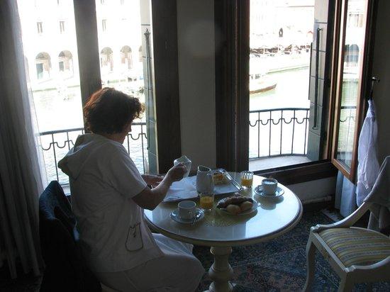 Locanda Leon Bianco : petit déj. vue sur le grand Canal