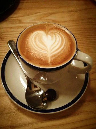 Hawkes House: Great coffee