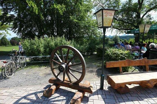 Garten Eingang - Bild von Lohrberg Schanke, Frankfurt am Main ...