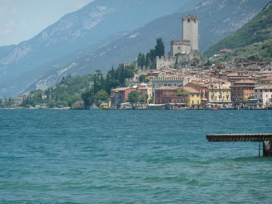 Hotel Alpino: Malcesine castle