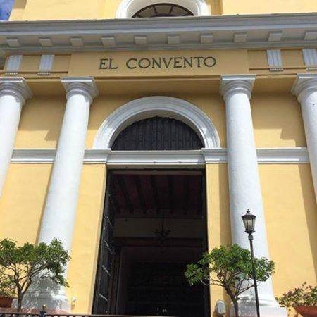 Hotel El Convento: Exterior