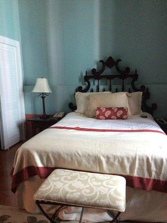 Hotel El Convento: Suite Bedroom