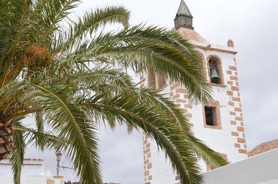 R2 Bahia Playa Hotel & Spa : Petit village sympa
