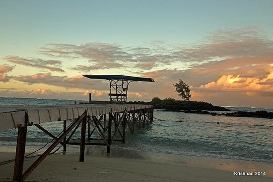 Constance Belle Mare Plage: Pier at the boat house