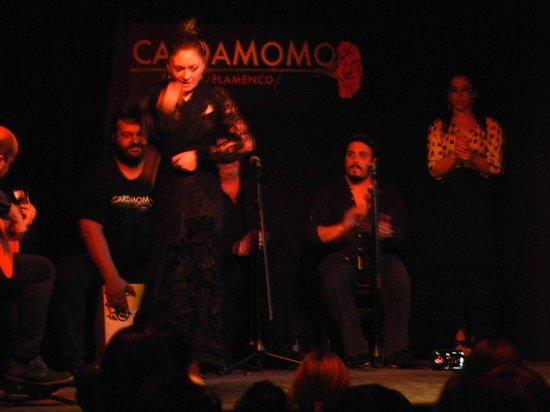 Cardamomo Tablao Flamenco : Солистка