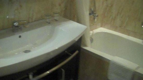 Bathroom  K108 Hotel Doha
