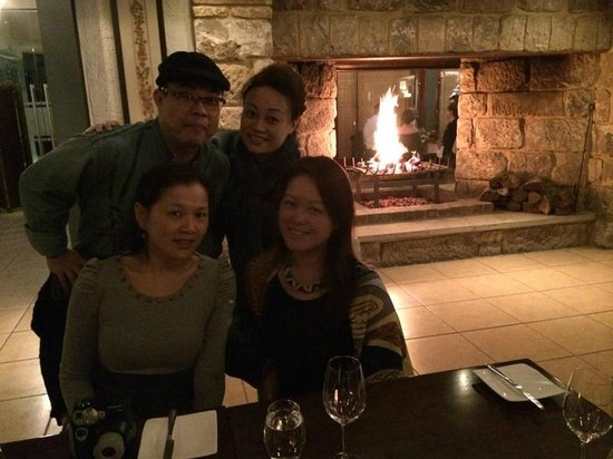 Muse Restaurant : Love the Fireplace