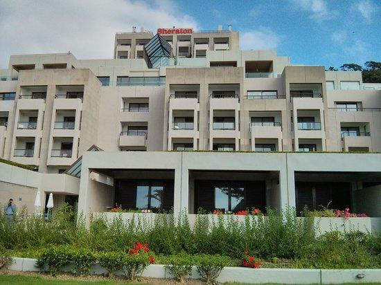 Sheraton Rhodes Resort : Blick auf das Hotel