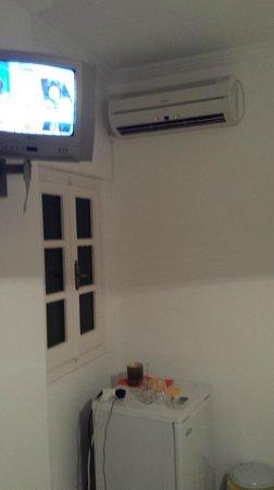 Bardis Sun A: TV & Air con