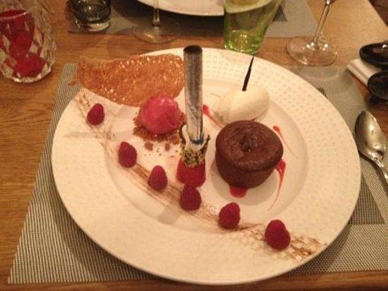 Le Cerf a Moustache : Dessert - Framboise, moelleux choco