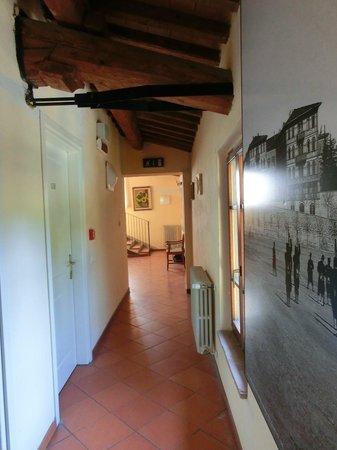 Villa Giardino: Interno dell'ostello, gradevole e curato
